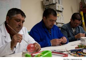 Obradoiro de manualidades na asociación Alento, en Vigo
